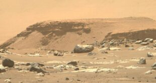 İnsanoğlu, 1950'lerden beri uzaya uzay sondaları gönderiyor. Yeni nesil sondalar, kuyruklu yıldızlar, asteroitler ve Mars'tan alınan örnekleri incelemekle görevlendirildi.