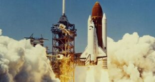 Uzay mekiği sadece bir araç değildir; aynı zamanda bir laboratuvar. Uzay mekiğinde taşınan özel bir modülün içinde bilim, astronomi ve fiziğin araştırıldığı 22 Spacelab görevi vardı. Uzay mekiği uçuşlarında kullanılmak üzere inşa edilmiş yeniden kullanılabilir bir laboratuvar olan Spacelab, bilim insanlarının mikro yerçekimi üzerinde deneyler yapmasını sağladı. 1983'teki Challenger görevlerinden başlayarak, hayvanlar uzay biliminin temel bir bileşeni haline geldi. STS-7 görevinde, sıfır yerçekimli karınca kolonilerinin sosyal faaliyetleri incelendi ve STS-8 sırasında uzaydaki hayvanların davranışlarını incelemek için Hayvan Muhafaza modülünde altı sıçan uçuruldu.