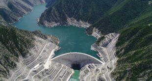 Yıllardan beri su ihtiyacımızı karşılamak, tarım arazilerini sulamak ve elektrik enerjisi üretmek gibi başlıca görevi olan barajlar, çok önemli yapılardır. Ülkemizde ise 203 tane olan barajlar oldukça geniş çaptadır.